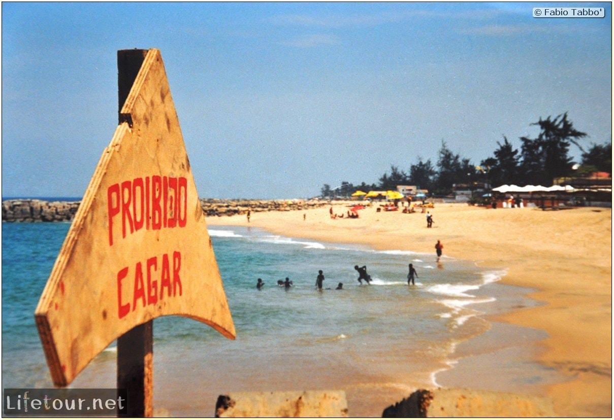 Fabios-LifeTour-Angola-2001-2003-Luanda-La-Ilha-13171-cover-2