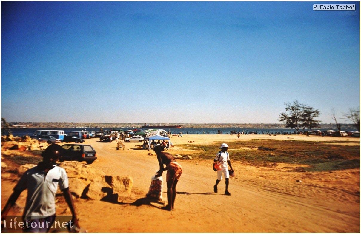 Fabios-LifeTour-Angola-2001-2003-Luanda-La-Ilha-13262