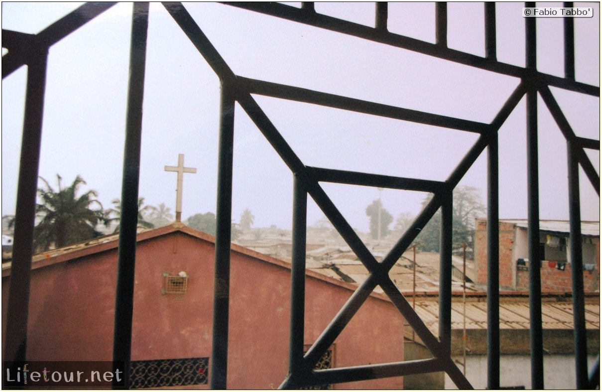 Fabios-LifeTour-Angola-2001-2003-Luanda-Luanda-slums-19747