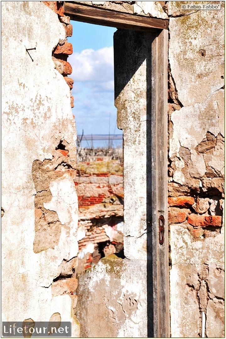 Fabios-LifeTour-Argentina-2015-July-August-Epecuen-Epecuen-ghost-town-3.-Epecuen-Ghost-town-7619