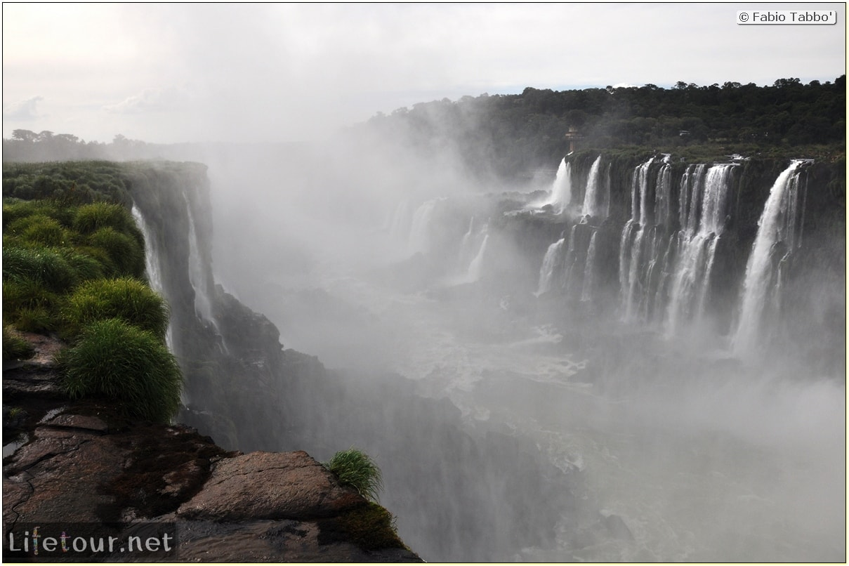 Fabios-LifeTour-Argentina-2015-July-August-Puerto-Iguazu-falls-The-Iguazu-falls-3814-cover