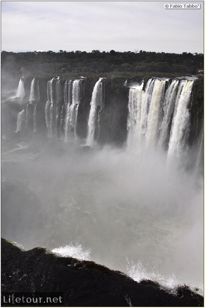 Fabios-LifeTour-Argentina-2015-July-August-Puerto-Iguazu-falls-The-Iguazu-falls-4011