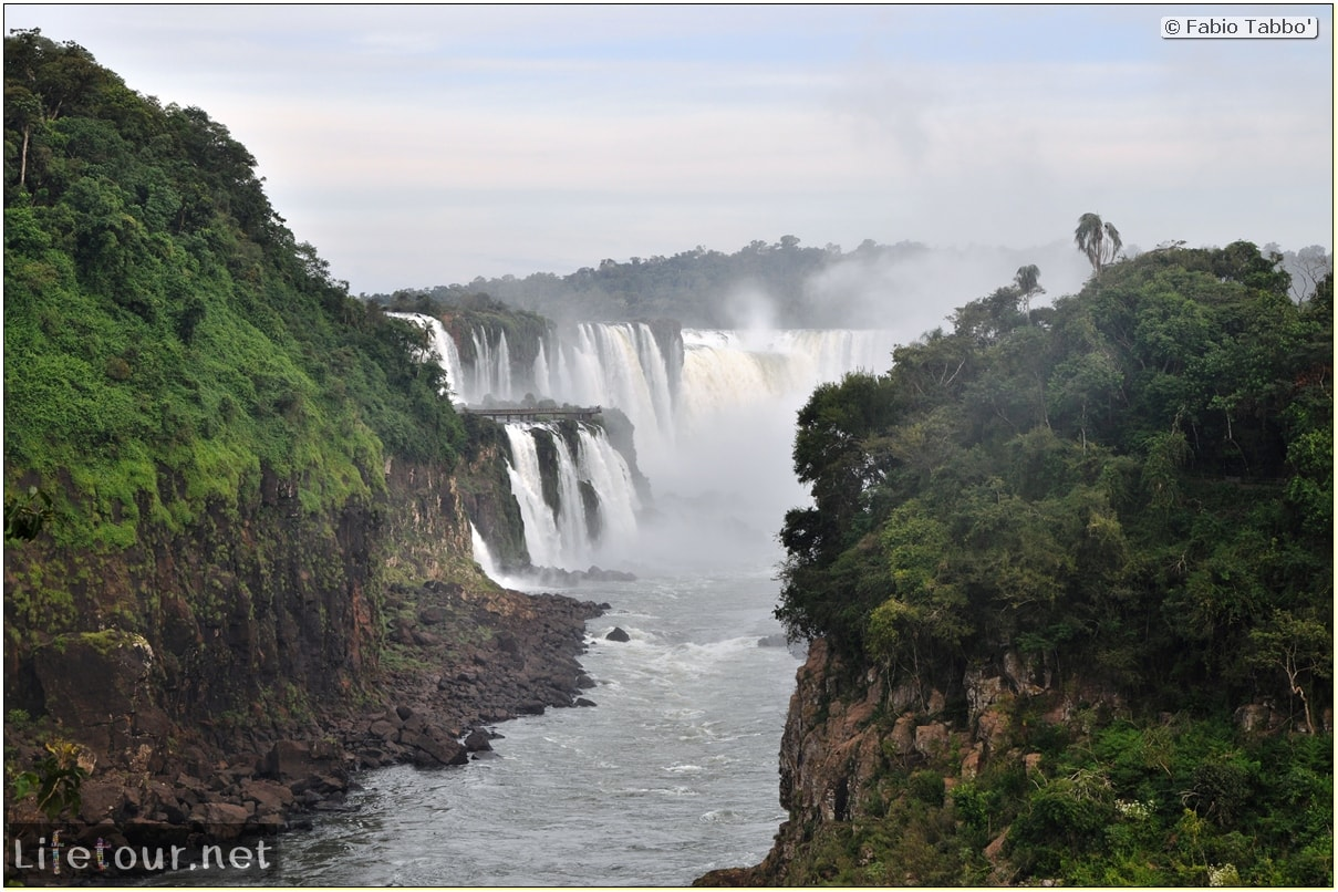 Fabios-LifeTour-Argentina-2015-July-August-Puerto-Iguazu-falls-The-Iguazu-falls-8840