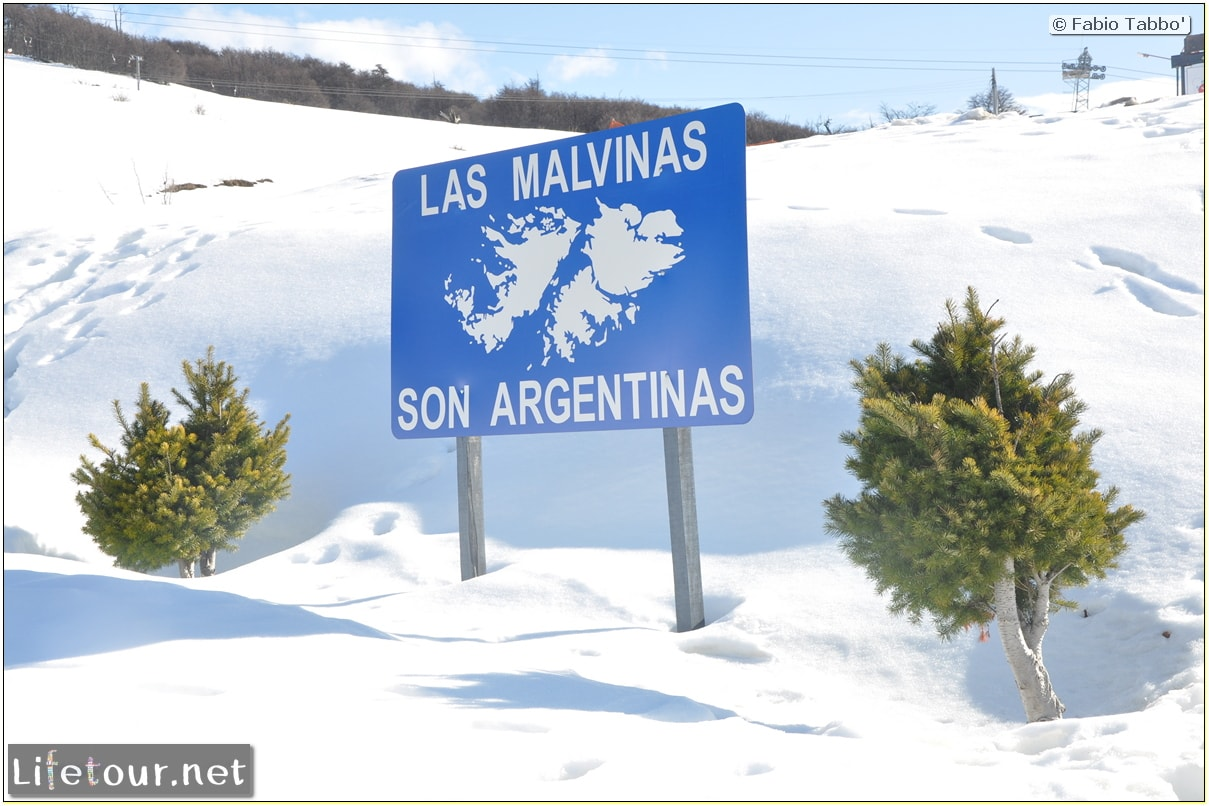 Fabios-LifeTour-Argentina-2015-July-August-Rio-Turbio-Chile-border-crossing-3755