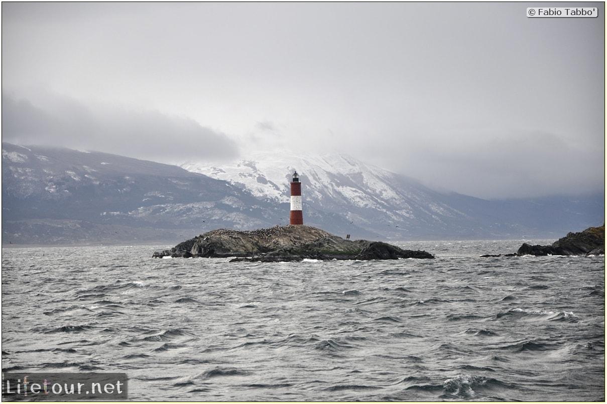 Fabios-LifeTour-Argentina-2015-July-August-Ushuaia-Beagle-Channel-4-Les-Eclaireurs-lighthouse-10110-cover-1