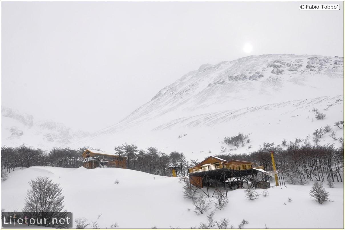 Fabios-LifeTour-Argentina-2015-July-August-Ushuaia-Glacier-Martial-2-Refugio-de-montana-5779