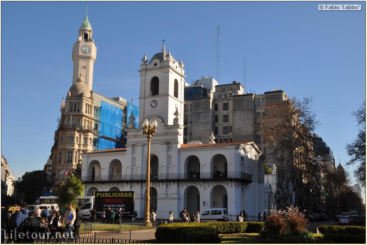 Fabios-LifeTour-Argentina-2015-July-August-buenos-aires-City-Center-Plaza-25-de-Mayo-and-Casa-Rosada-7539