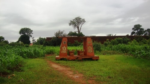 Fabios-LifeTour-Benin-2013-May-Abomey-Royal-Palace-1568-cover