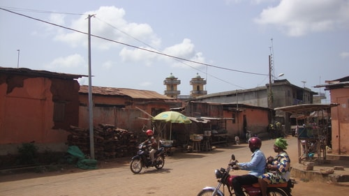 Fabios-LifeTour-Benin-2013-May-Porto-Novo-City-center-1519-cover