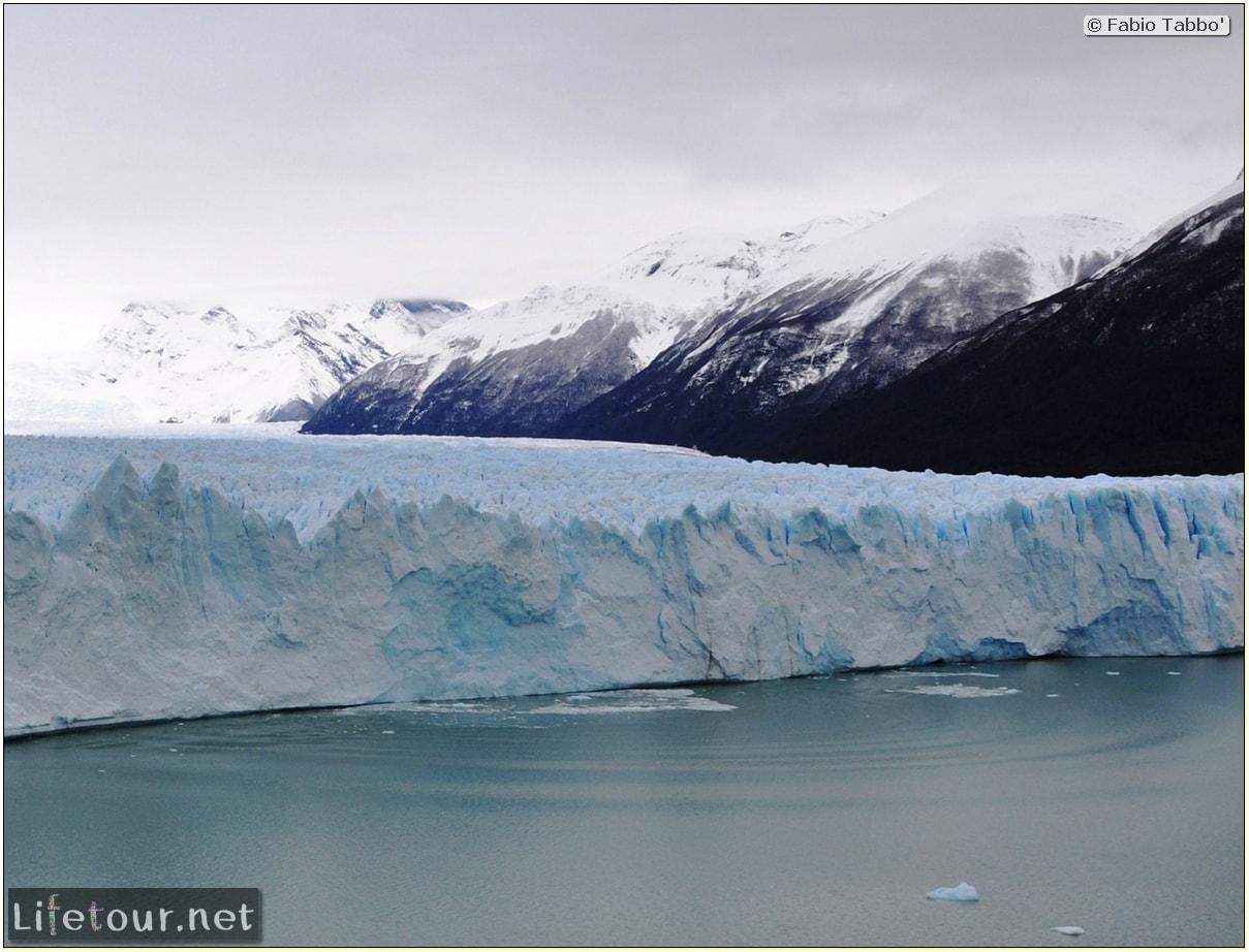 Glacier-Perito-Moreno-Northern-section-Glacier-breaking-photo-sequence-246