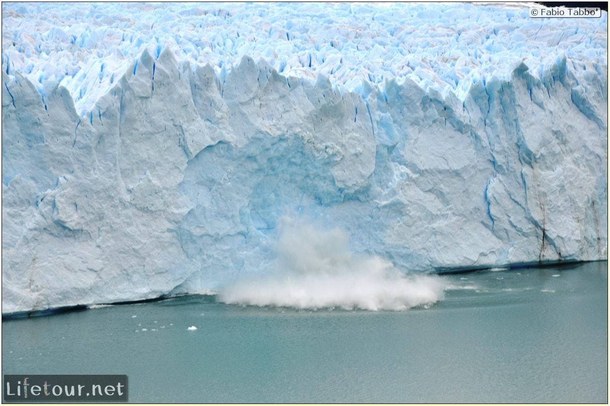 Glacier-Perito-Moreno-Northern-section-Glacier-breaking-photo-sequence-249