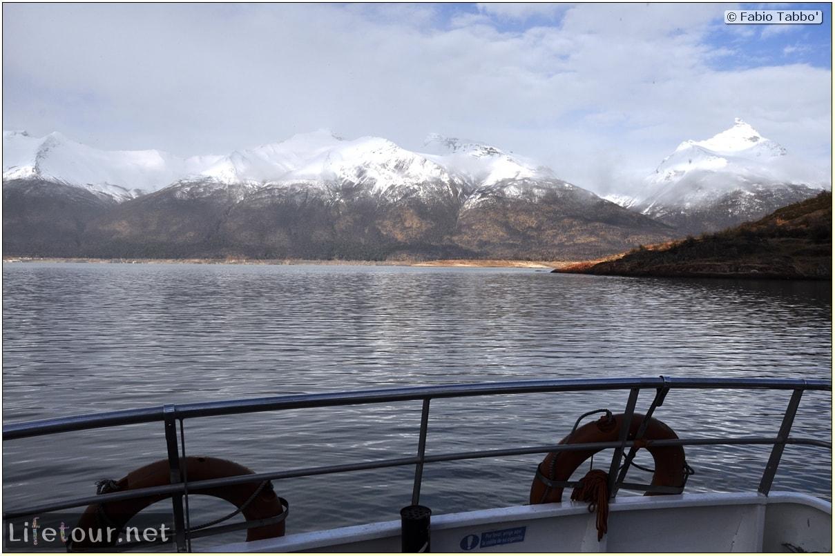 Glacier-Perito-Moreno-Southern-section-Hielo-y-Aventura-trekking-1-Bus-Boat-Trip-1065