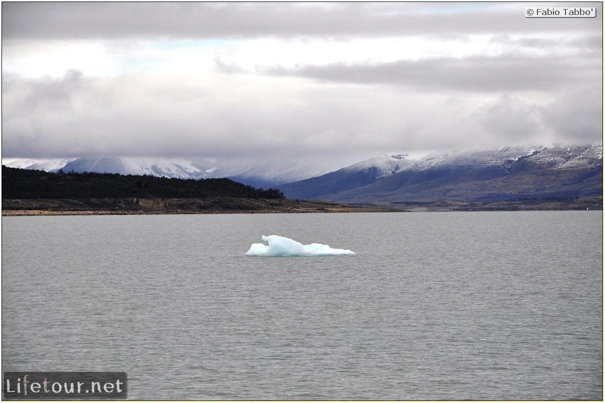 Glacier-Perito-Moreno-Southern-section-Hielo-y-Aventura-trekking-6-return-trip-by-boat-260