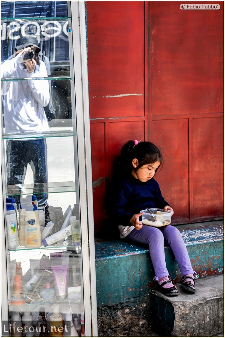 Fabio_s-LifeTour---Bolivia-(2015-March)---La-Paz---Witches-Market-(Mercado-de-las-Brujas)---6089-cover