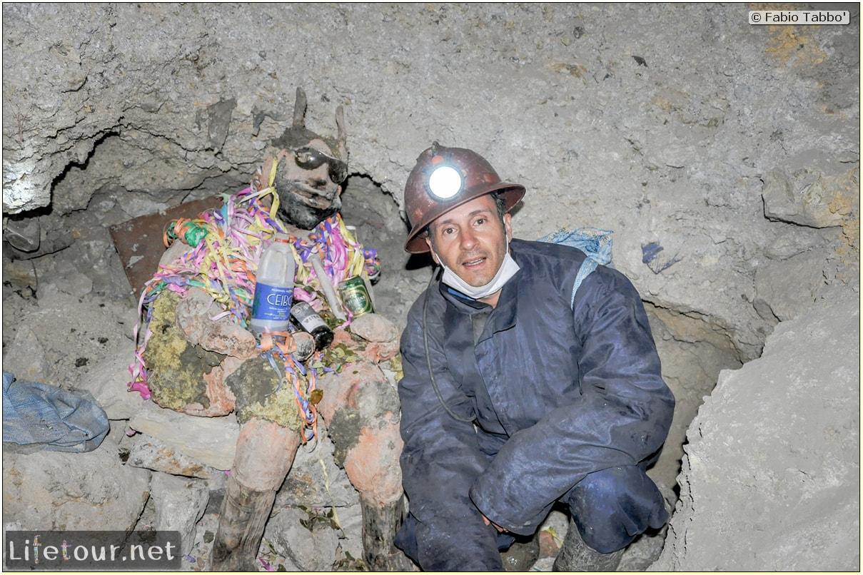 Fabio_s-LifeTour---Bolivia-(2015-March)---Potosi---mine---2.-Inside-the-mine-(welcome-to-hell)---5005