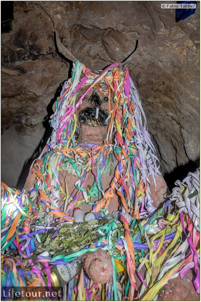 Fabio_s-LifeTour---Bolivia-(2015-March)---Potosi---mine---2.-Inside-the-mine-(welcome-to-hell)---7287