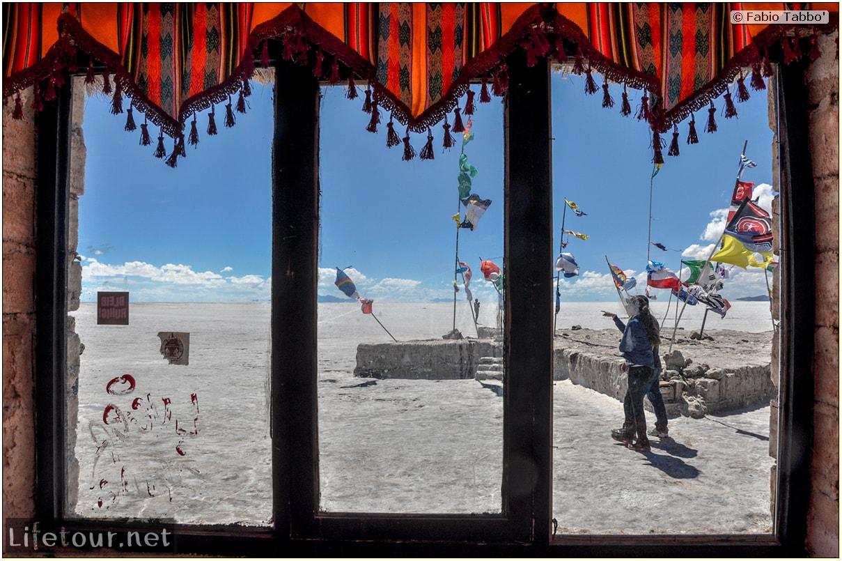 Fabio_s-LifeTour---Bolivia-(2015-March)---Ujuni---Salar-de-Ujuni---2--Paris-Dakar-refuge---10032-cover