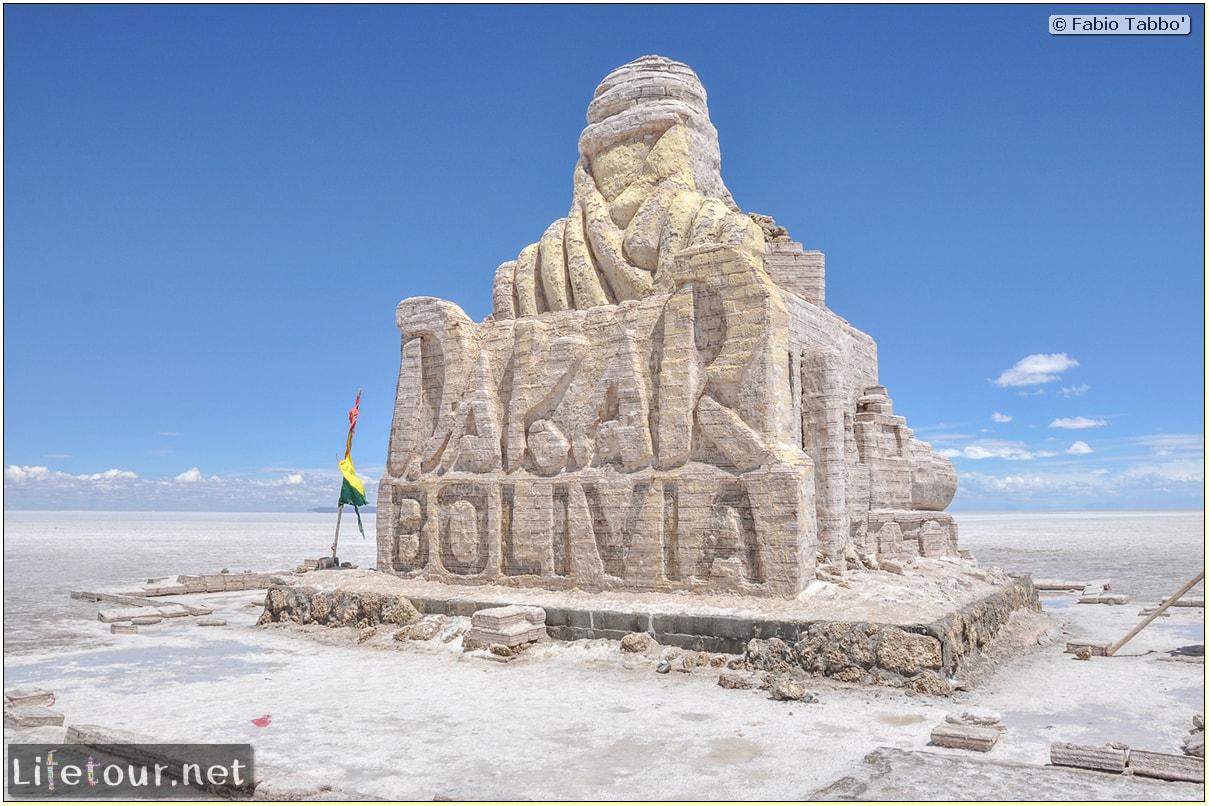 Fabio_s-LifeTour---Bolivia-(2015-March)---Ujuni---Salar-de-Ujuni---2--Paris-Dakar-refuge---8080-cover