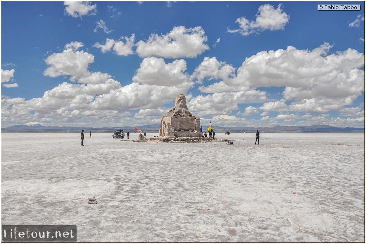 Fabio_s-LifeTour---Bolivia-(2015-March)---Ujuni---Salar-de-Ujuni---2--Paris-Dakar-refuge---9221-cover