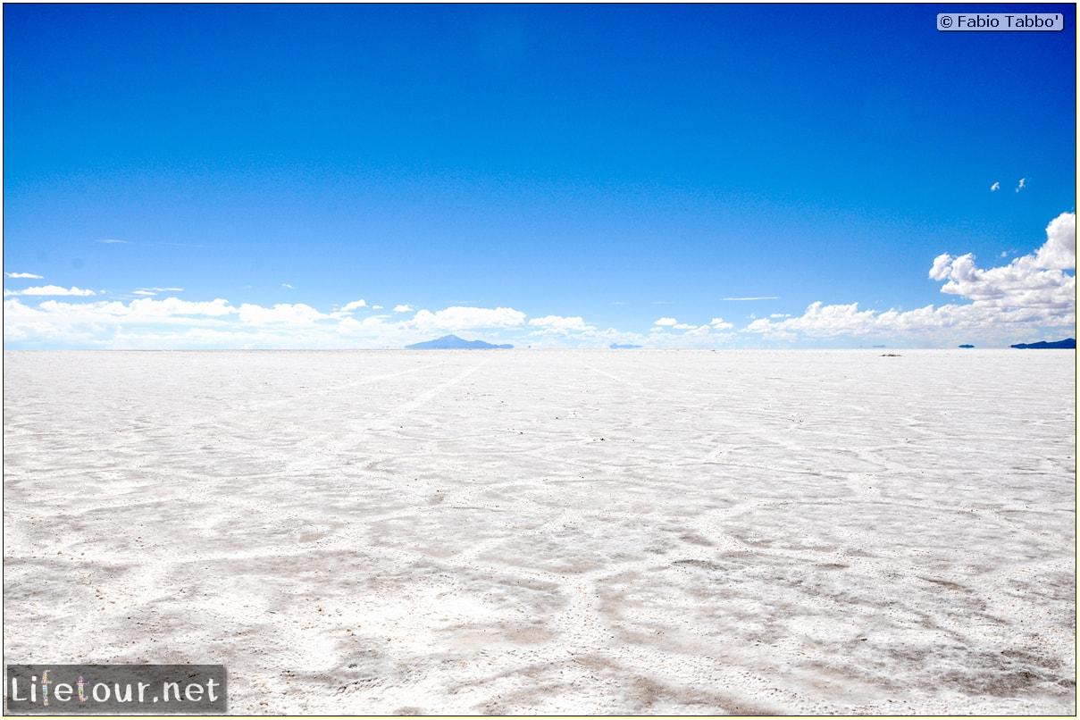 Fabio_s-LifeTour---Bolivia-(2015-March)---Ujuni---Salar-de-Ujuni---3--erratic-trekking---10265