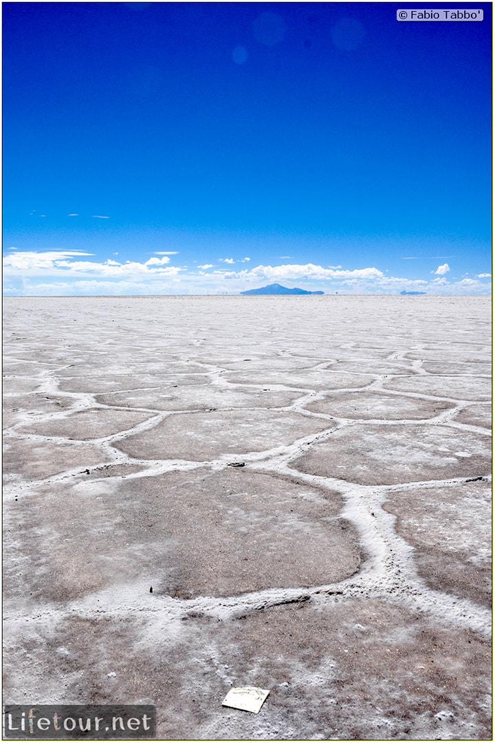 Fabio_s-LifeTour---Bolivia-(2015-March)---Ujuni---Salar-de-Ujuni---3--erratic-trekking---10566