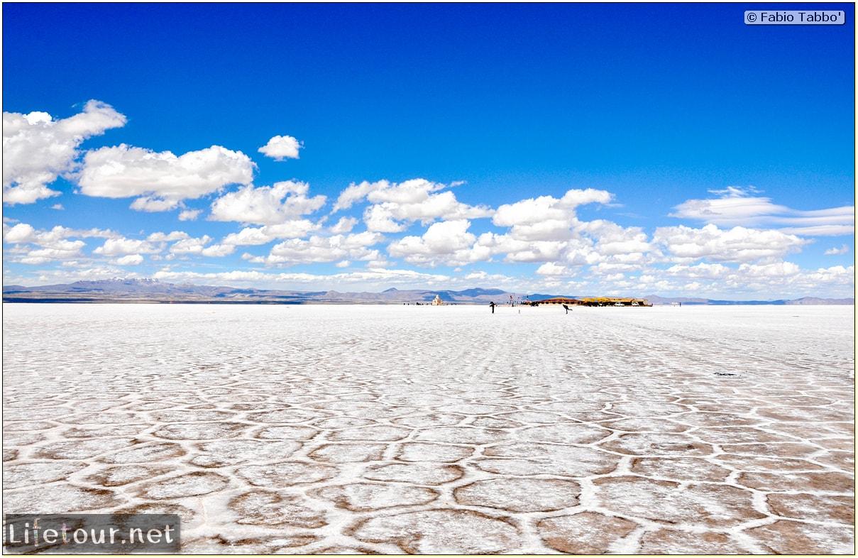 Fabio_s-LifeTour---Bolivia-(2015-March)---Ujuni---Salar-de-Ujuni---3--erratic-trekking---10594