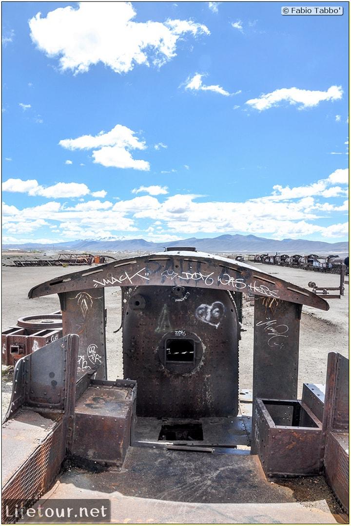 Fabio_s-LifeTour---Bolivia-(2015-March)---Ujuni---Ujuni-Train-Graveyard---2626