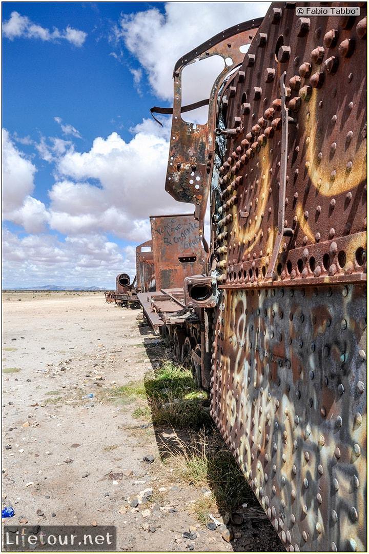Fabio_s-LifeTour---Bolivia-(2015-March)---Ujuni---Ujuni-Train-Graveyard---3037