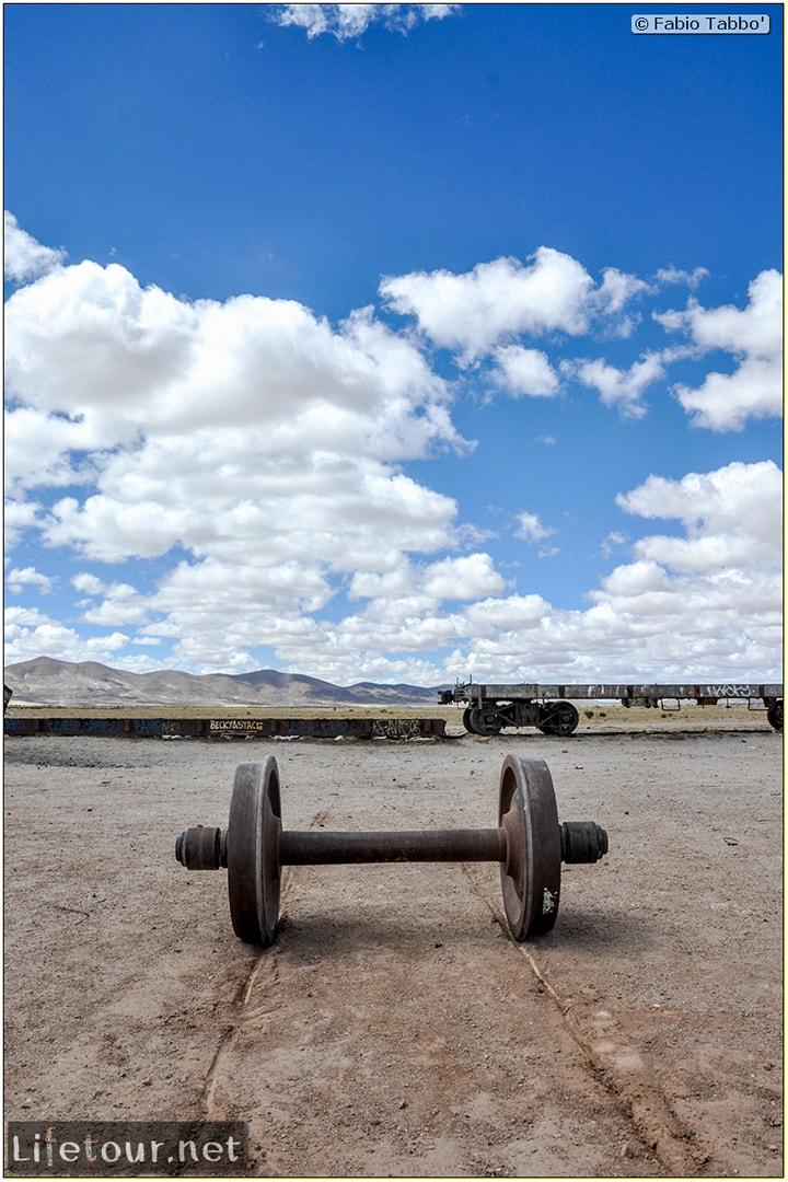 Fabio_s-LifeTour---Bolivia-(2015-March)---Ujuni---Ujuni-Train-Graveyard---3509-cover