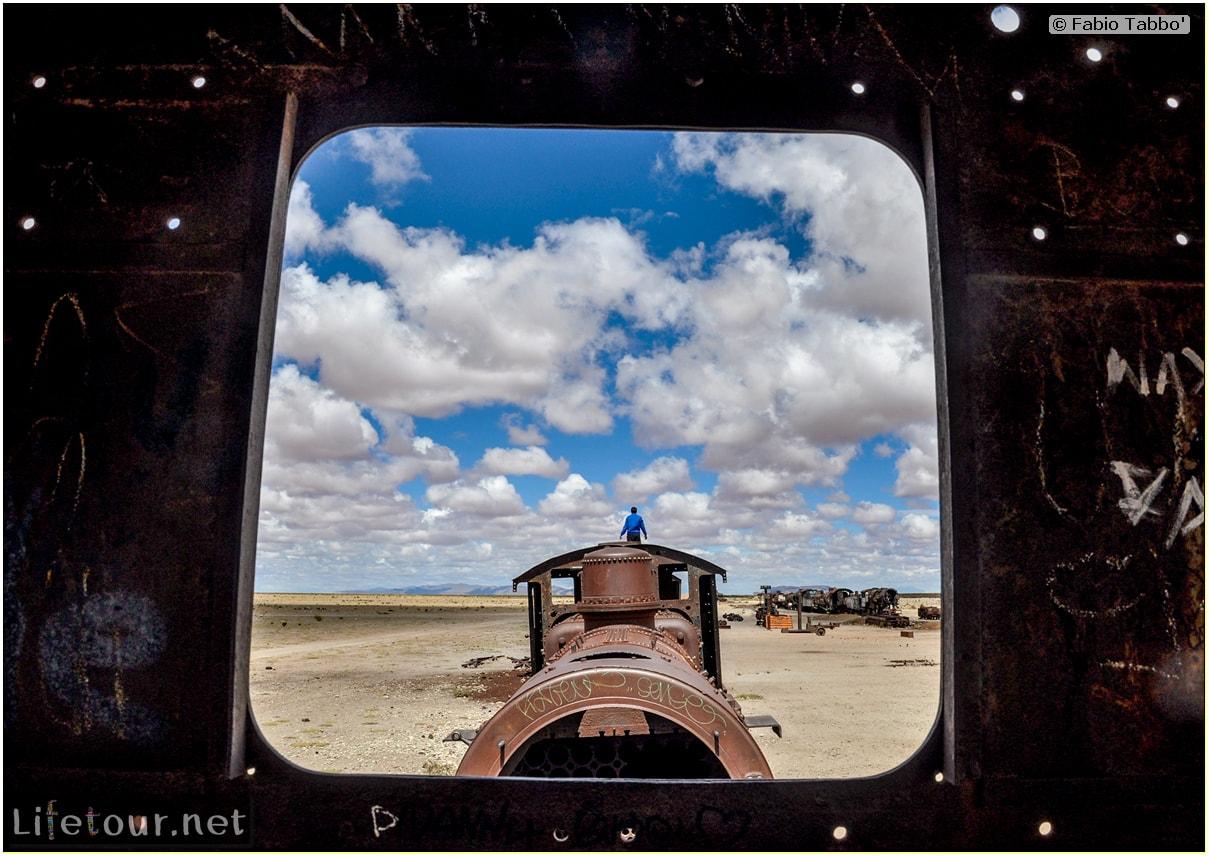 Fabio_s-LifeTour---Bolivia-(2015-March)---Ujuni---Ujuni-Train-Graveyard---3859-cover