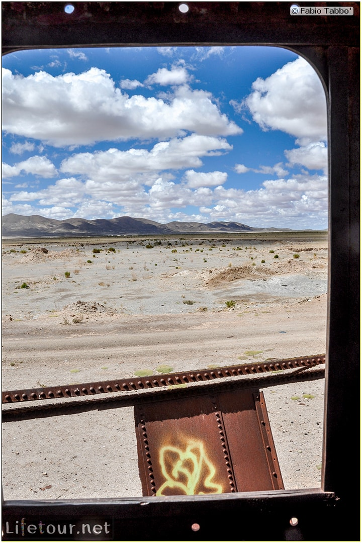Fabio_s-LifeTour---Bolivia-(2015-March)---Ujuni---Ujuni-Train-Graveyard---4055