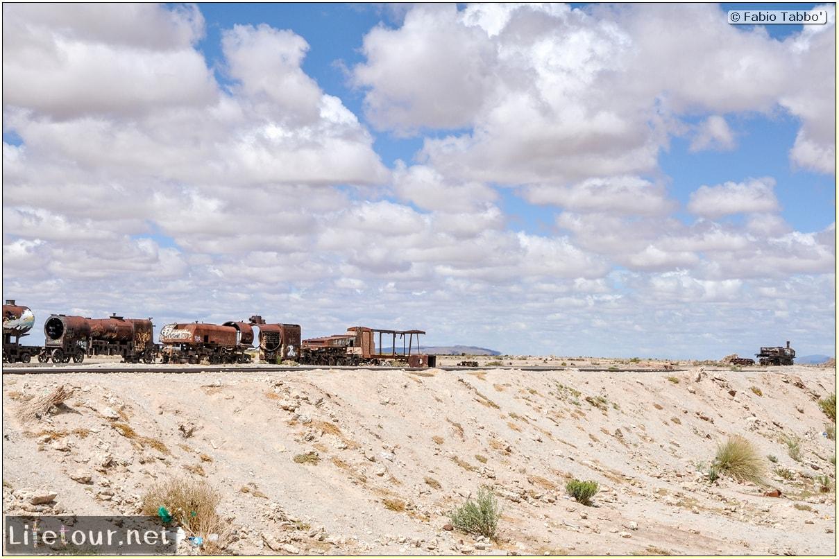 Fabio_s-LifeTour---Bolivia-(2015-March)---Ujuni---Ujuni-Train-Graveyard---4839