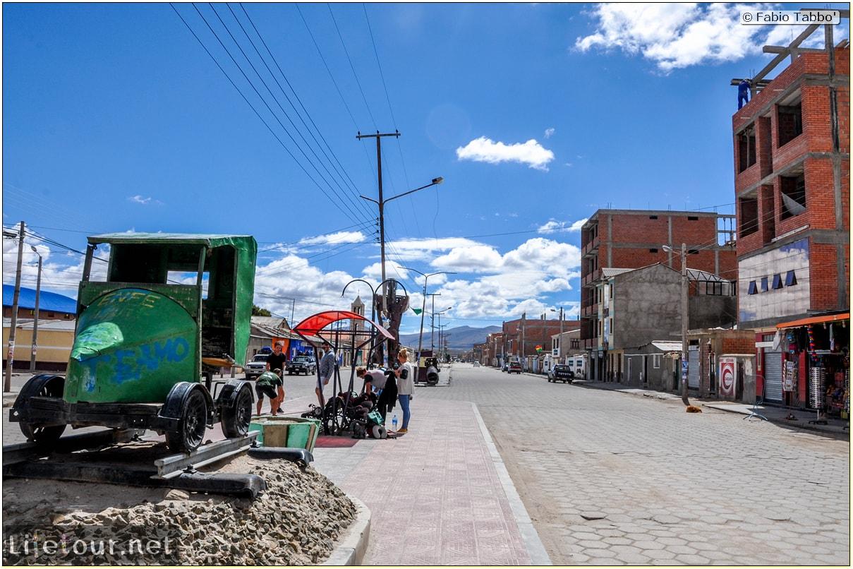 Fabio_s-LifeTour---Bolivia-(2015-March)---Ujuni---city---1633