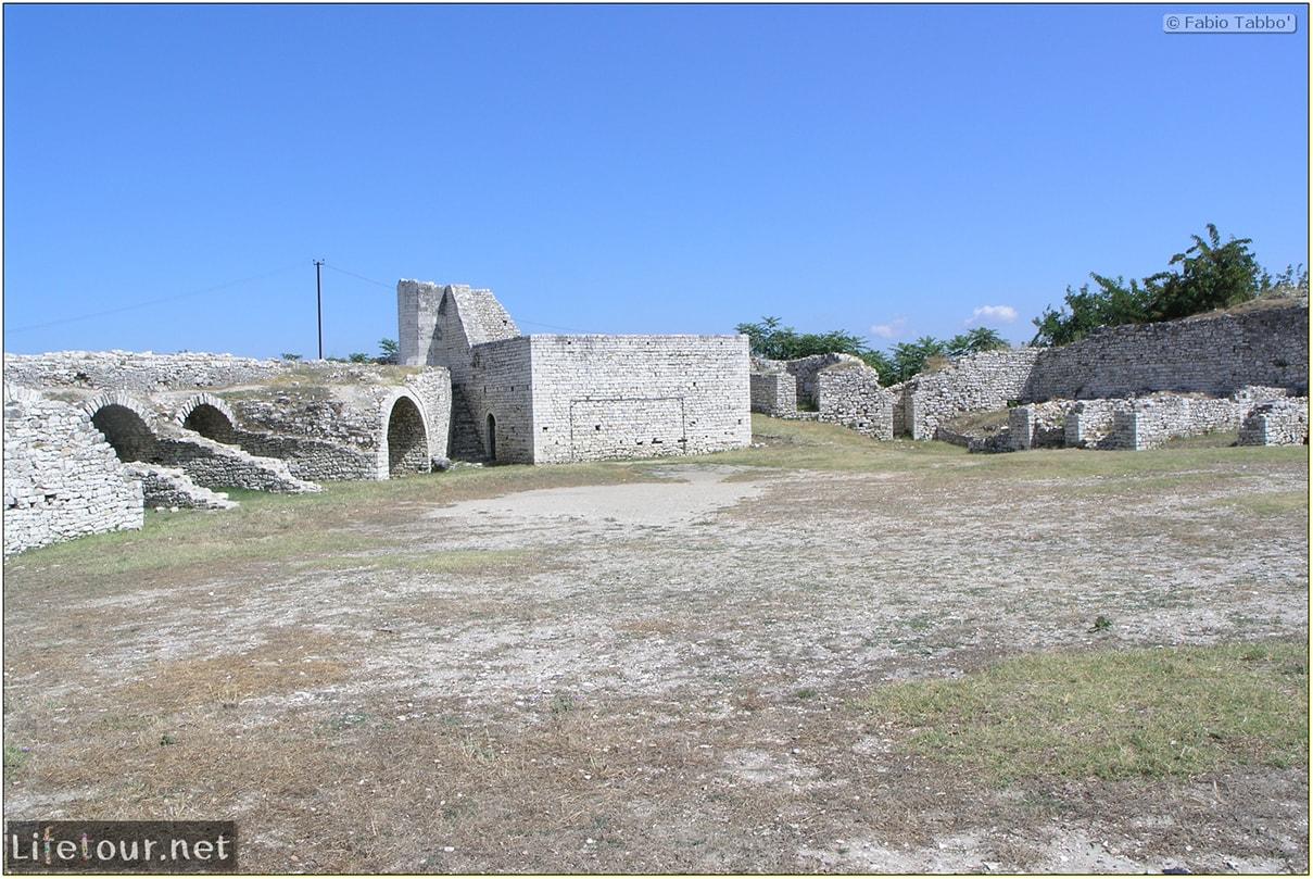 Fabios-LifeTour-Albania-2005-August-Berat-Berat-Castle-20028-1