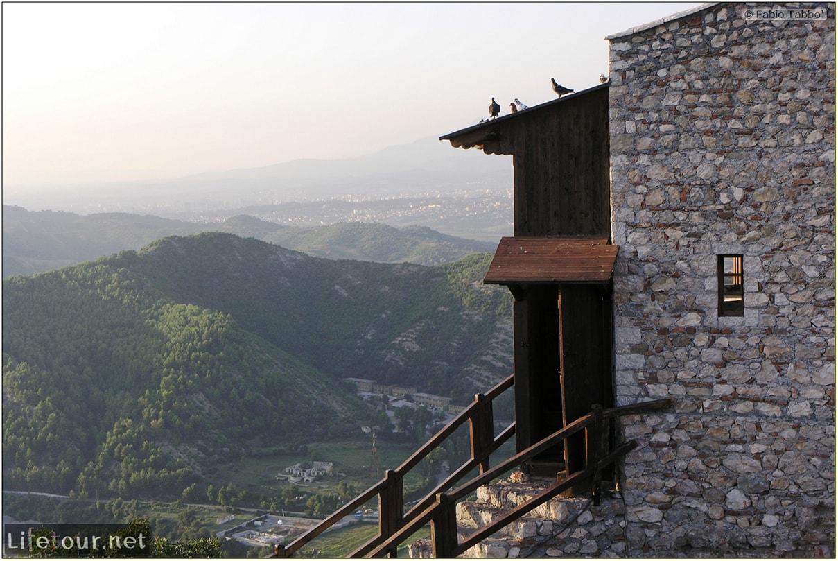 Fabios-LifeTour-Albania-2005-August-Petrelle-20104-1