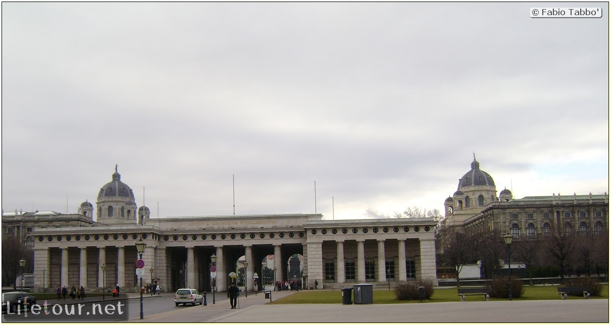 Fabios-LifeTour-Austria-1984-and-2009-January-Vienna-other-pictures-of-Vienna-City-Center-420
