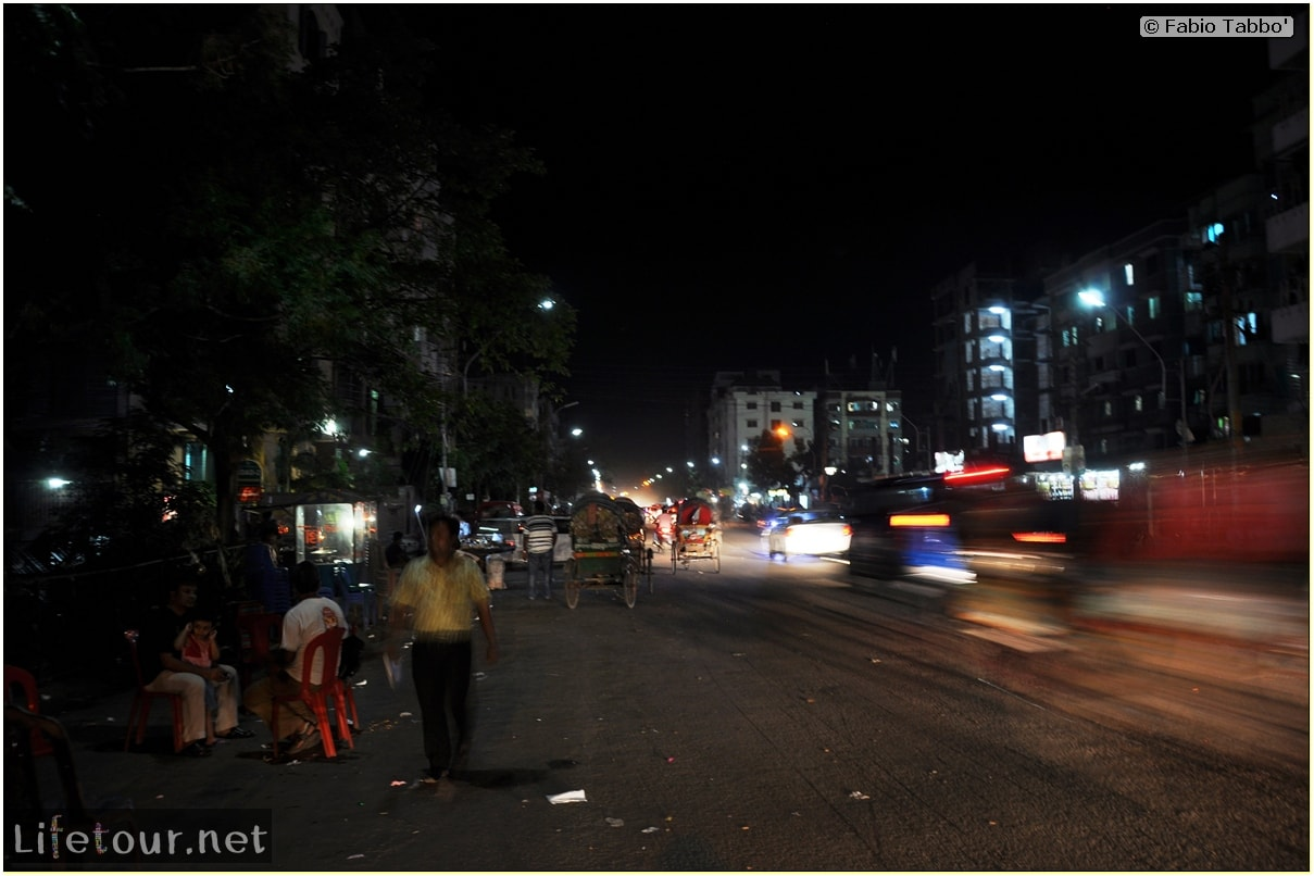 Fabios-LifeTour-Bangladesh-2014-May-Dacca-Night-markets-10225