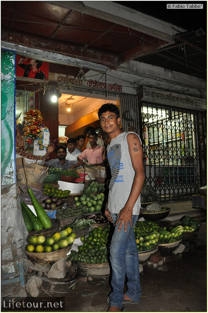 Fabios-LifeTour-Bangladesh-2014-May-Dacca-Night-markets-7741