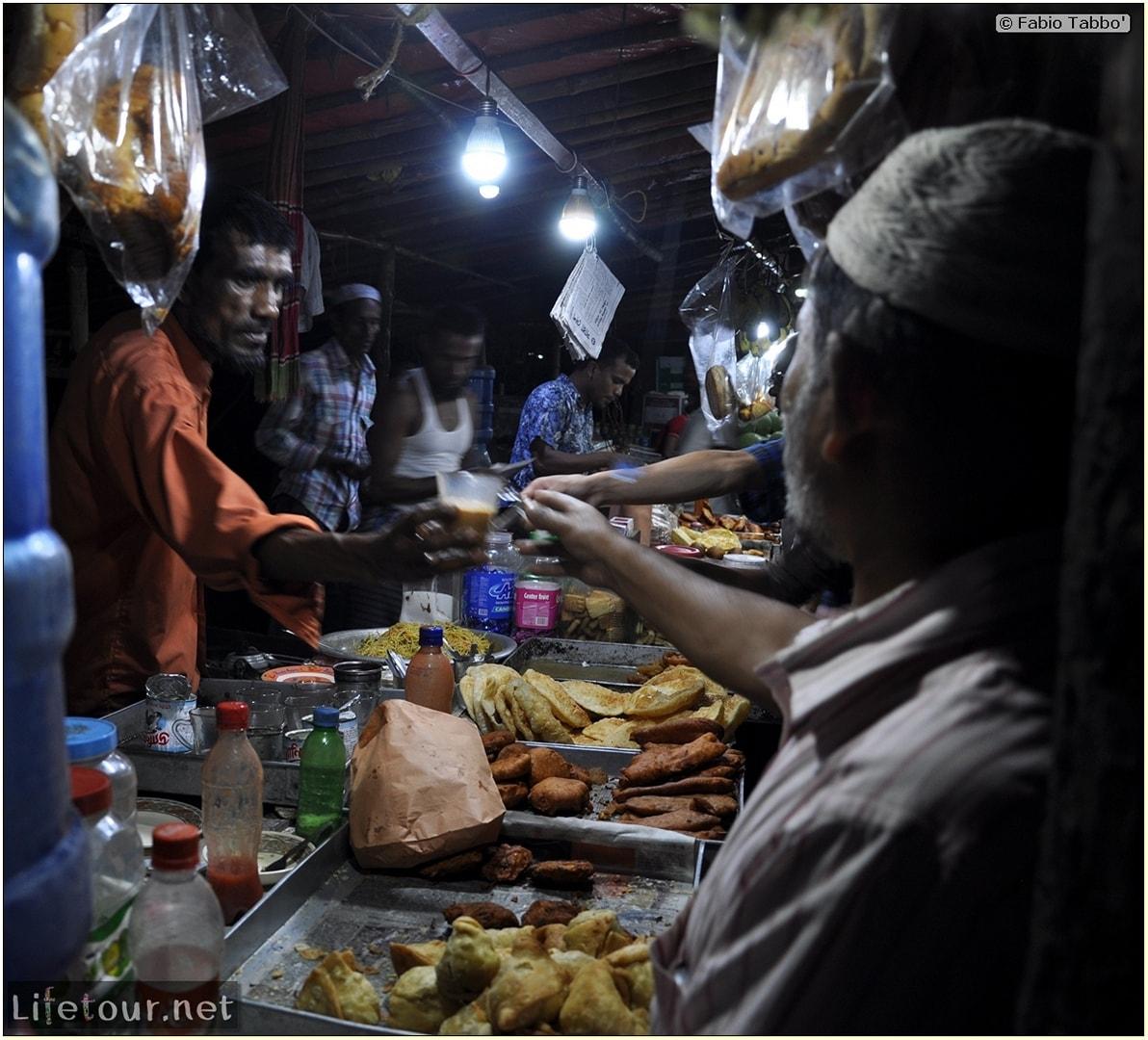 Fabios-LifeTour-Bangladesh-2014-May-Dacca-Night-markets-8286