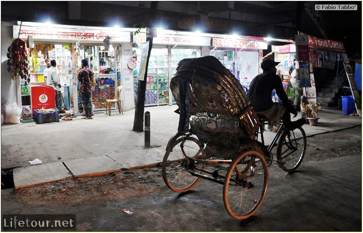 Fabios-LifeTour-Bangladesh-2014-May-Dacca-Night-markets-9173-cover-2