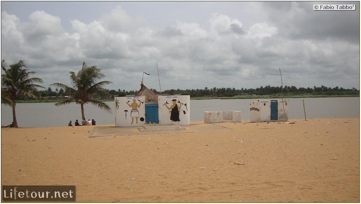 Fabio's LifeTour - Benin (2013 May) - Grand Popo - Comptoirs Coloniaux de Gbecon (ghost town) - 1413