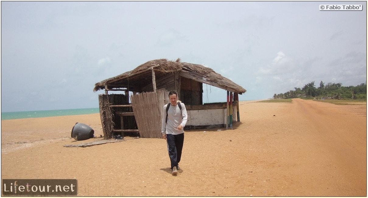 Fabio's LifeTour - Benin (2013 May) - Grand Popo - Comptoirs Coloniaux de Gbecon (ghost town) - 1425