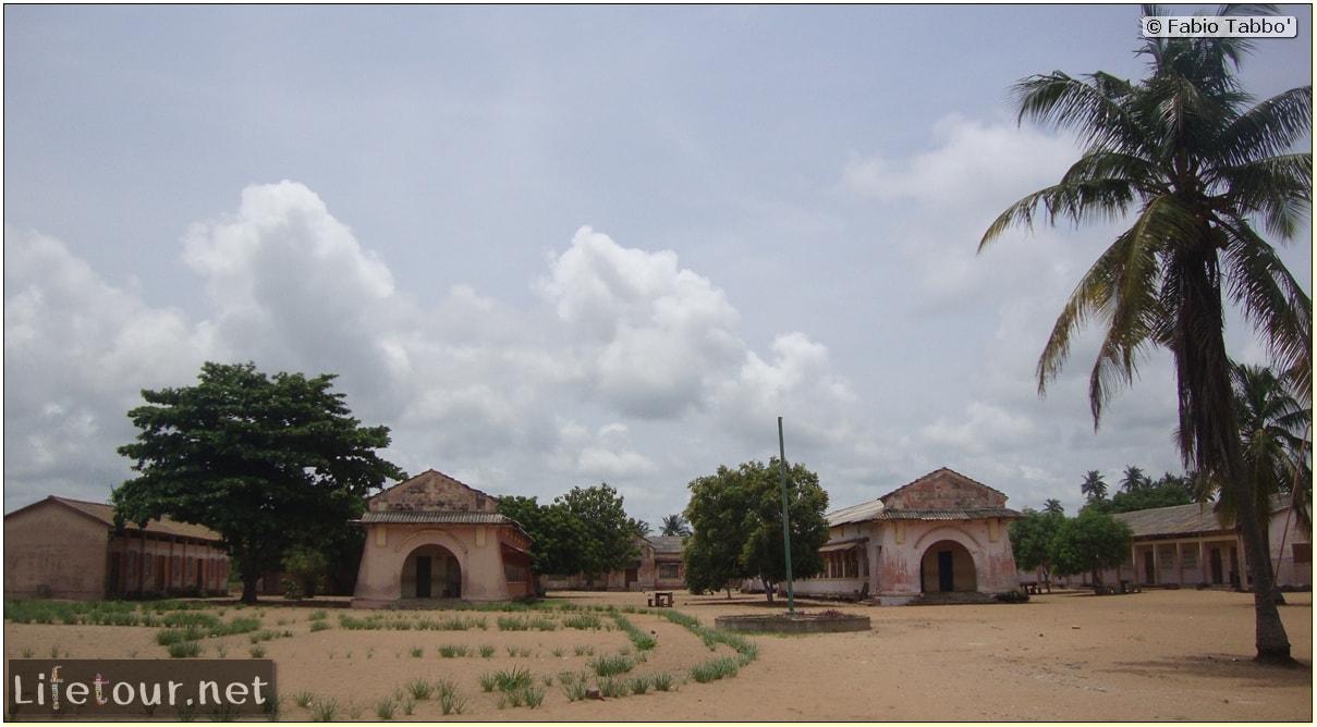 Fabio's LifeTour - Benin (2013 May) - Grand Popo - Comptoirs Coloniaux de Gbecon (ghost town) - 1430 cover