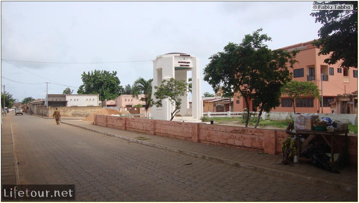Fabio's LifeTour - Benin (2013 May) - Ouidah - City - 1431