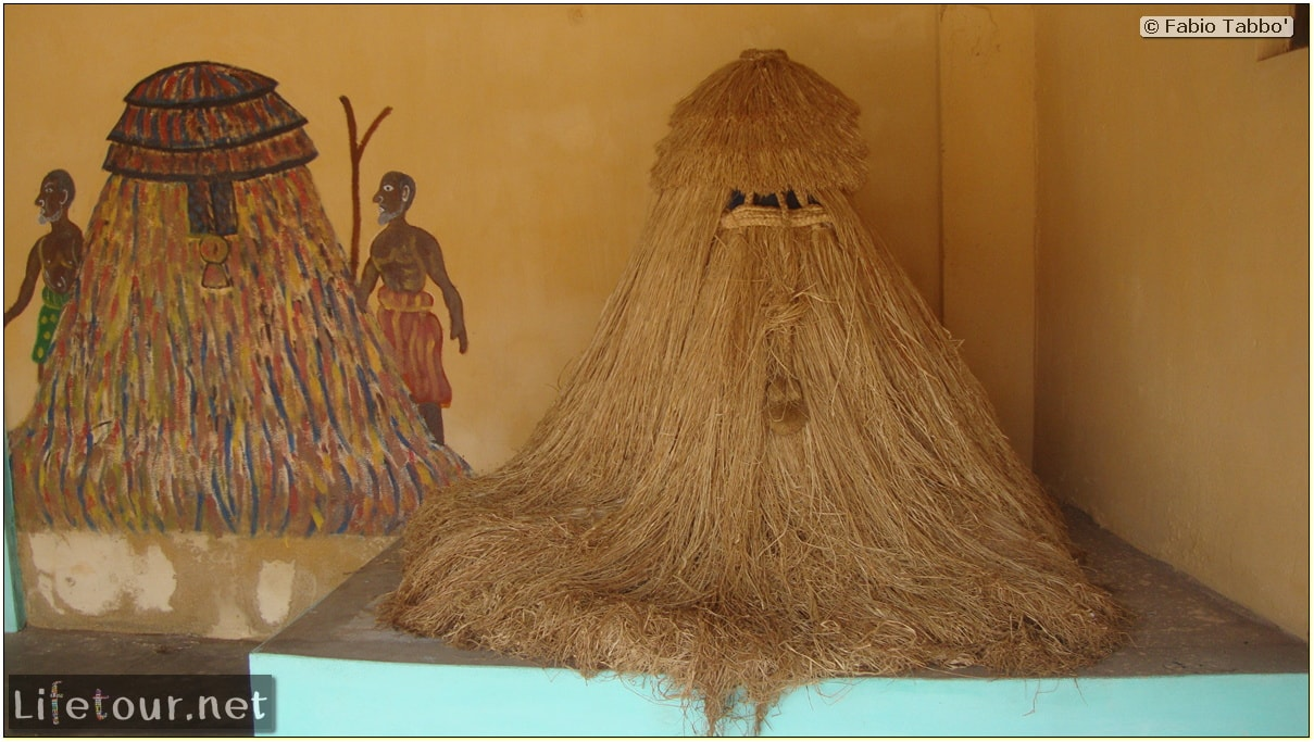 Fabio's LifeTour - Benin (2013 May) - Porto Novo - Voodoo temples - 1522 cover