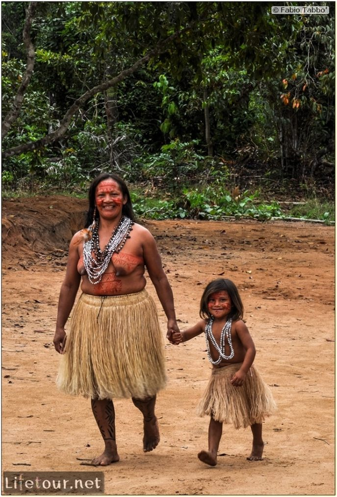 Amazon Jungle - Indios village - 3- The cutest jungle kids ever - 805 cover
