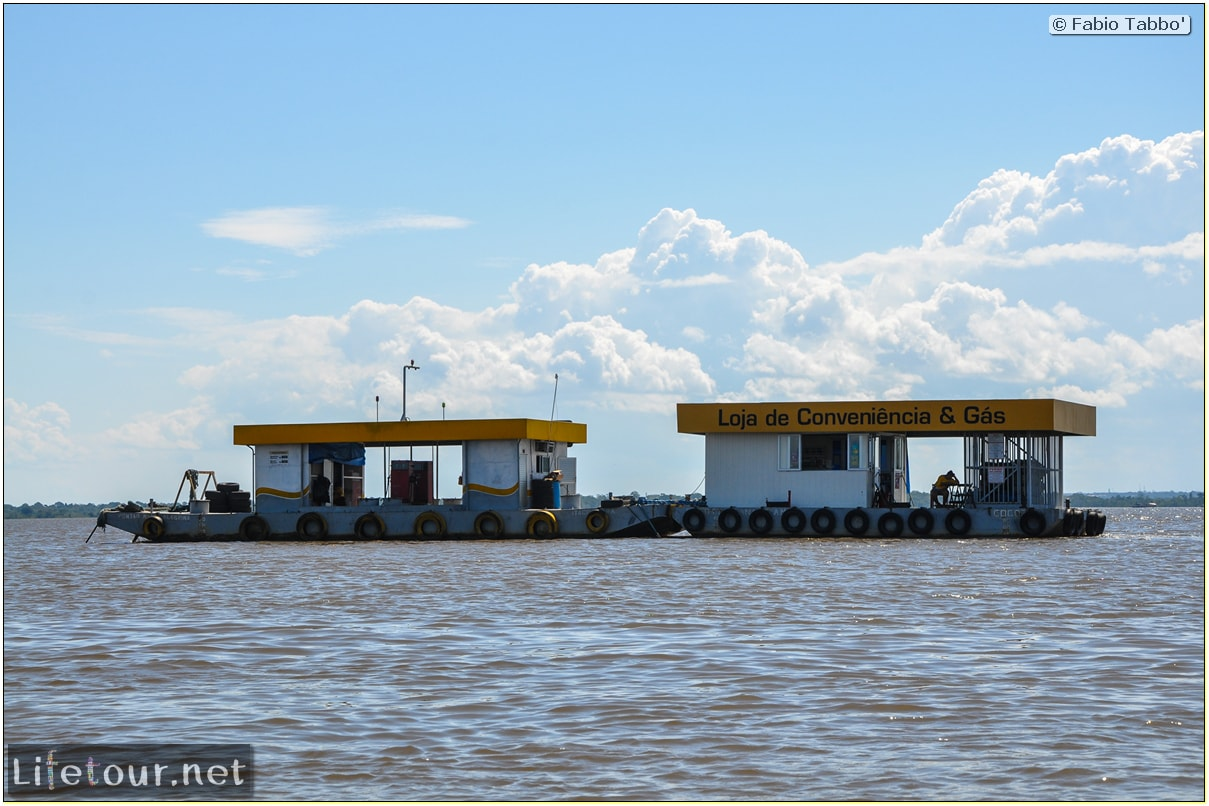 Fabio's LifeTour - Brazil (2015 April-June and October) - Manaus - Amazon Jungle - Fuel stations on the Amazon river - 10564