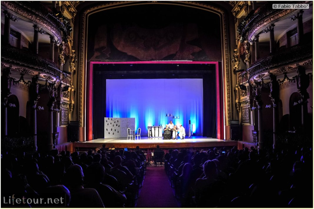 Fabio's LifeTour - Brazil (2015 April-June and October) - Manaus - City - Teatro Amazonas - Brazilian comedy show - 5493 cover