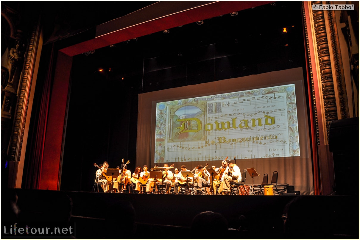 Fabio's LifeTour - Brazil (2015 April-June and October) - Manaus - City - Teatro Amazonas - Medieval music show - 3093