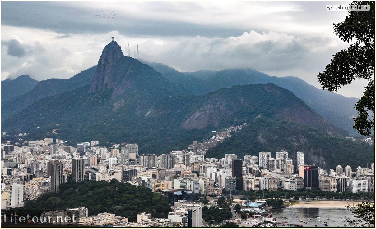 Rio De Janeiro - Trilha Do P¦o De Açúcar - 2- panoramic views on first station - 1033